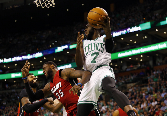 Boston composte son billet pour les play-offs — NBA
