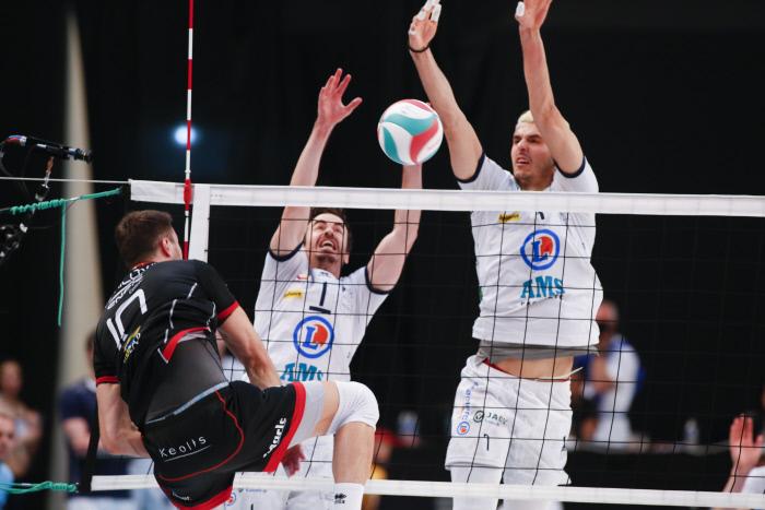 Ligue A volley-ball J2 : Narbonne surprend le Tours VB, Ajaccio toujours dernier - Sport.fr
